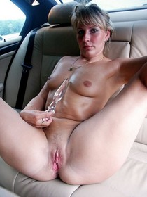 Blonde wife shows pink pussy