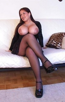 Amazing mature in a incredible beginners pic.
