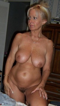 Plump Mature MILF.