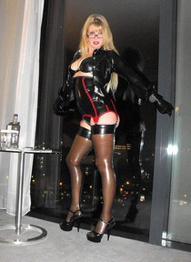 Picture featuring fabulous blonde mature.