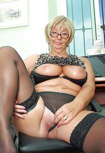 BBW Porn Nice Blonde Mature Porn Pic