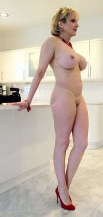 Hot amateur photo featuring superb mature.
