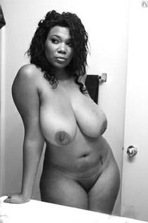 Hot african BBW naked selfies