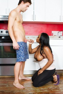 American housewife Jada Fire jerk white cock on the kitchen