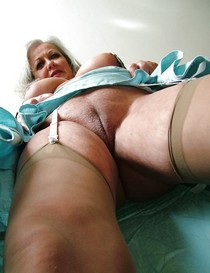 Hot vagina picture with fabulous blonde mature.