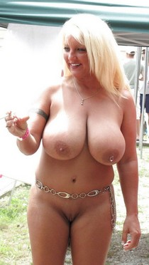 Back Yard Thick-Babe 02.