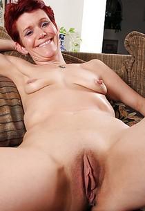 Saggy Tits Porn Mature Meaty Pussy Porn Pics