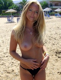 Handsome blonde milf has amazing hot boobs and great booty