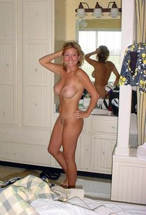 Nude milf showing her wet hairy pussy and great big boobs and sexy ass