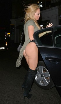 Aisleyne Horgan-Wallace shows ass Outside her Hotel in London