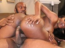 Big booty pornstar Nyomi Banxxx fucks