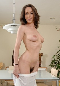 Lovely cougar in a awesome amateur girl next door animated picture.