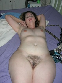 Milf with wide hips ready to breed.