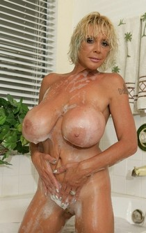 Pic with a stunning blonde mature.