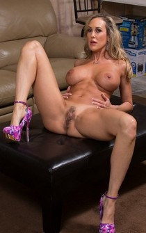 Brandi Love pornstr pussy pix