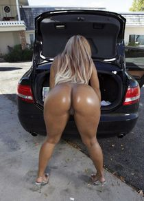 Basic hoodrat misplaces her panties, maybe they're in his trunk along with her dignity..