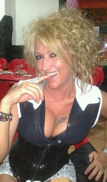 Gorgeous mature in awesome amateur picture.